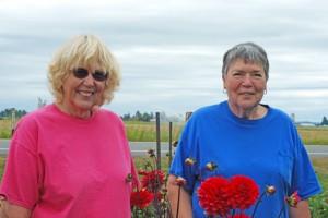 Nadine De Golier and Linda Jonasson of Delightful Dahlias. PHOTO BY CAROL FREY